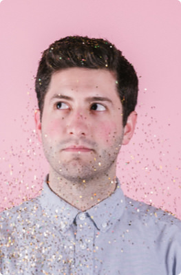 d03-Img-Guy-Glitter.jpg